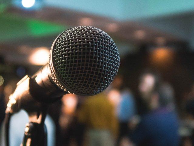 Mikrofon, Publikum, Barcamp, unsplash.com, Kane Reinholdtsen