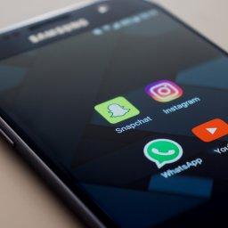 Handy, Smartphone, Social Media, unsplash.com, Christian Wiediger