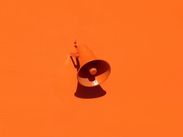 Lautsprecher, Orange, unsplash.com, Oleg Laptev
