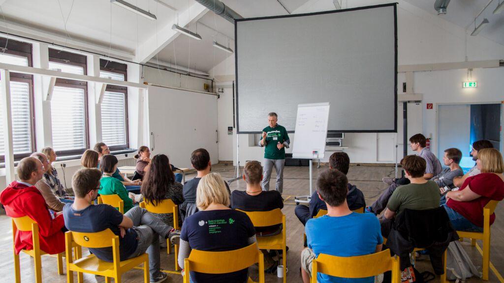 Valentin Bachem, www.vbachem.de, Barcamp Rhein-Neckar 2018, CC-BY-SA 2.0, https://creativecommons.org/licenses/by-sa/2.0/de/