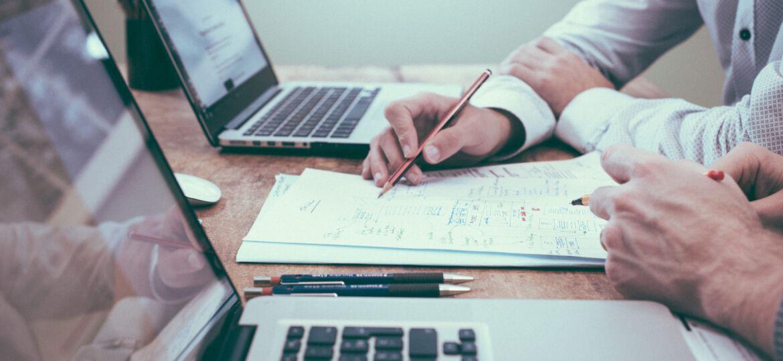 Arbeiten, Laptop, unsplash.com, Scott Graham